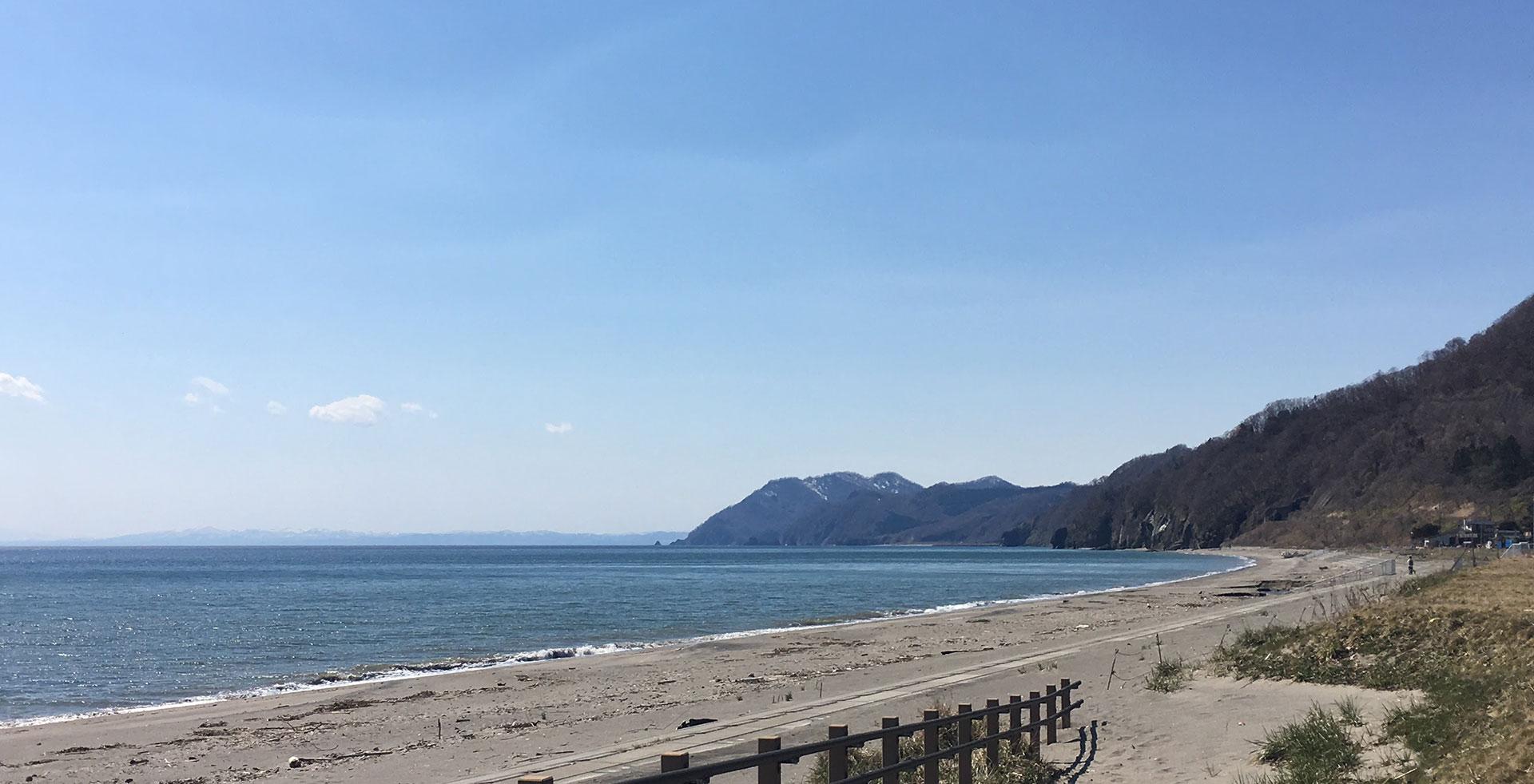 豊浦の浜を歩く1